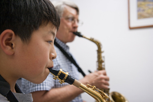 sax-teacher-student300x200